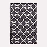HOMESCAPES White & Black Outdoor Rug for Garden or Patio 100%...